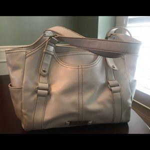 Like New - Nine West white shoulder bag / purse